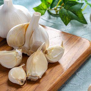 Garlic (per kg)